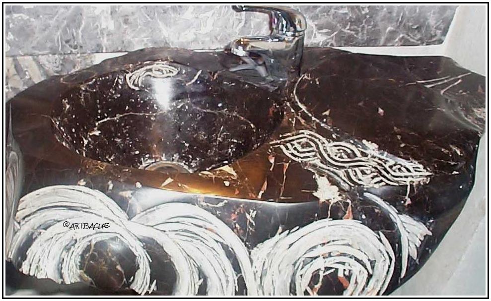 Lavabo-marbre-noir-sculpture